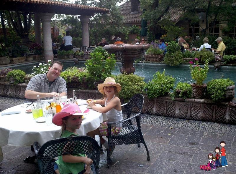 Dining al Fresca at Joe T Garcia's in Fort Worth