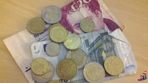 Euros & an Irish 20 Pound note