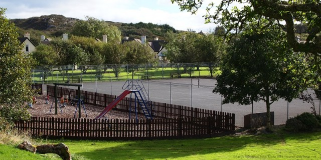 Clifden Glen Holiday Cottages playground