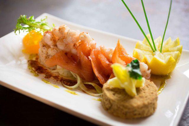Smoked Salmon Crab Prawn Salad Durty Nelly's Bunratty Ireland Vacation