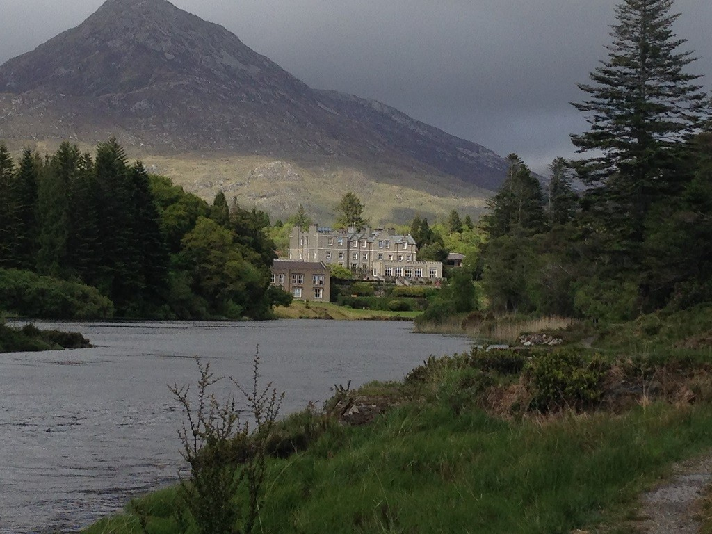 Ballynahinch Castle near Clifden – Loftus Family Ireland Vacation Report